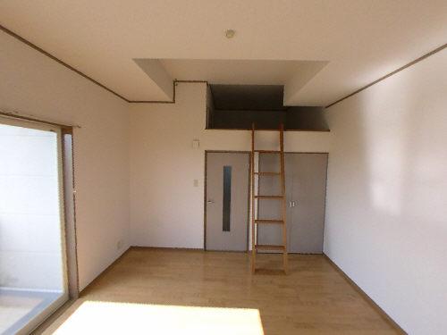 リーベンハイツⅢ202号居室