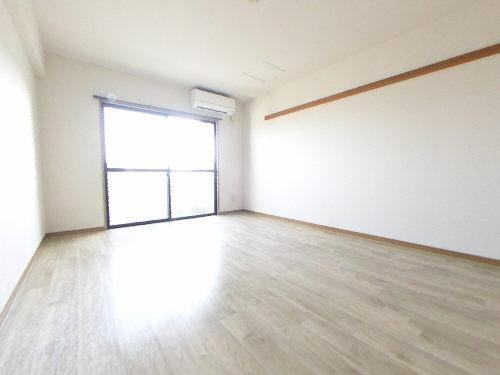 グレイスコート五番館402居室
